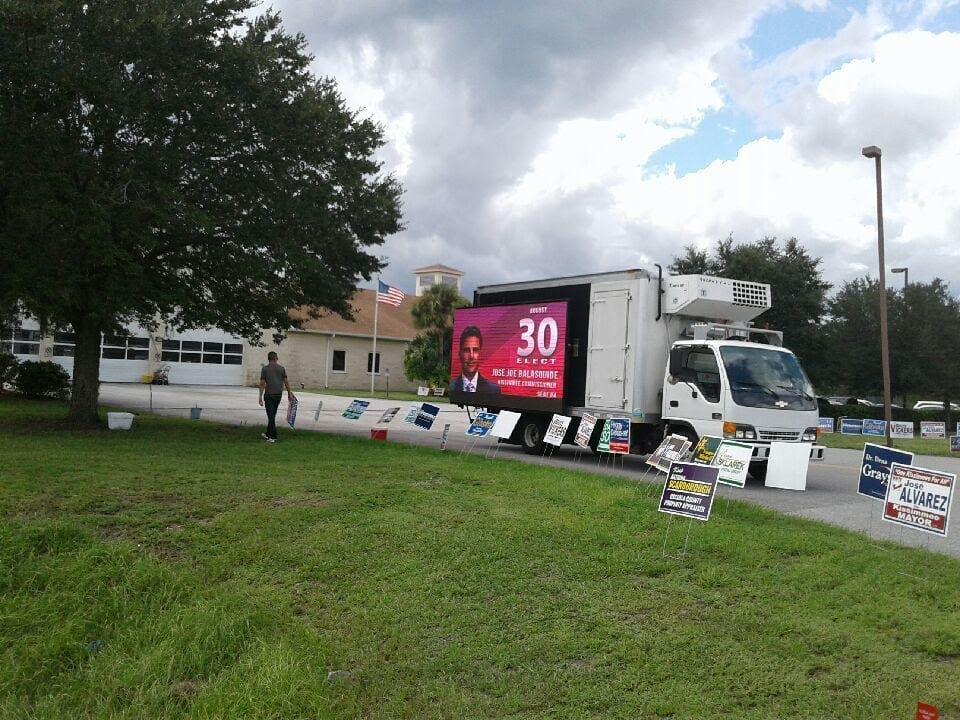 led-video-truck
